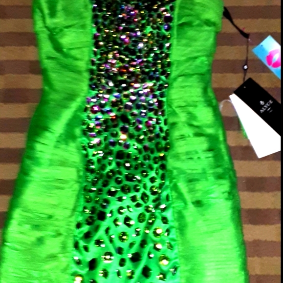 Short Hoco Dress size 8